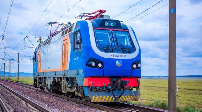 KZ4AT passenger locomotive